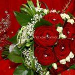 νυφικη με κοκκινα τριανταφυλλα