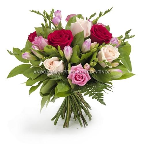 μπουκετο με τριανταφυλλα