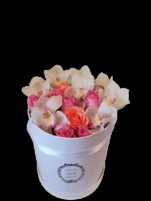 ROZ TRIANTAFYLLA AND ORCHIDS IN BOX