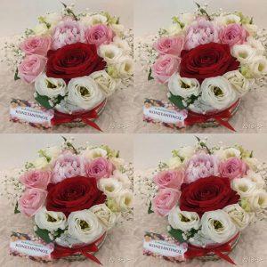 κουτι με πεόνιες και τριαντάφυλλα