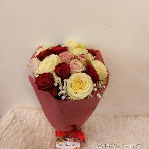 ανθοδέσμη με 18 τριαντάφυλλα
