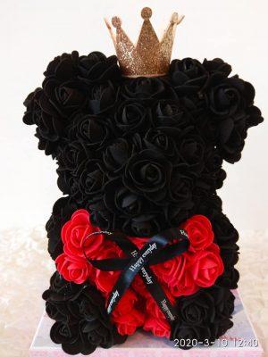 Αρκουδάκι πριγκίπισσα με μαύρα & κόκκινα τριαντάφυλλα Θεσσαλονίκη | Online ανθοπωλείο ανθοδημιουργίες Τούμπα Θεσσαλονίκης