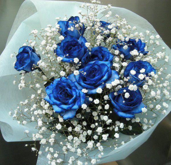 Ανθοδέσμη με μπλέ Τριαντάφυλλα